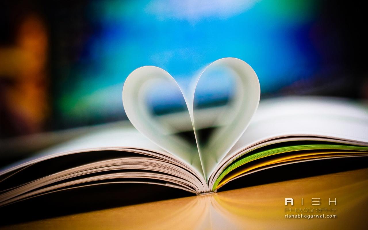 http://2.bp.blogspot.com/-51cDas9nFnM/ULlg6xVau_I/AAAAAAAAN1I/g2uKTLLbrCI/s1600/LOVE-BOOK-HD-WALLPAPERS.jpg