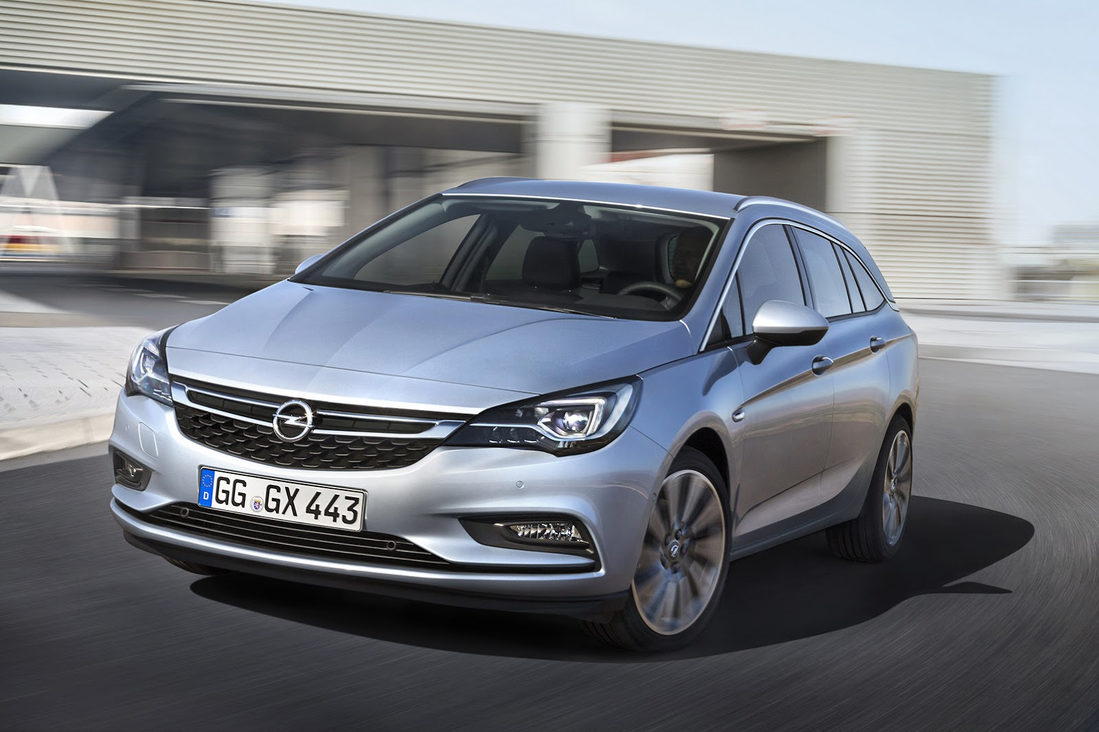 this is the new 2016 opel vauxhall astra sports tourer carscoops. Black Bedroom Furniture Sets. Home Design Ideas