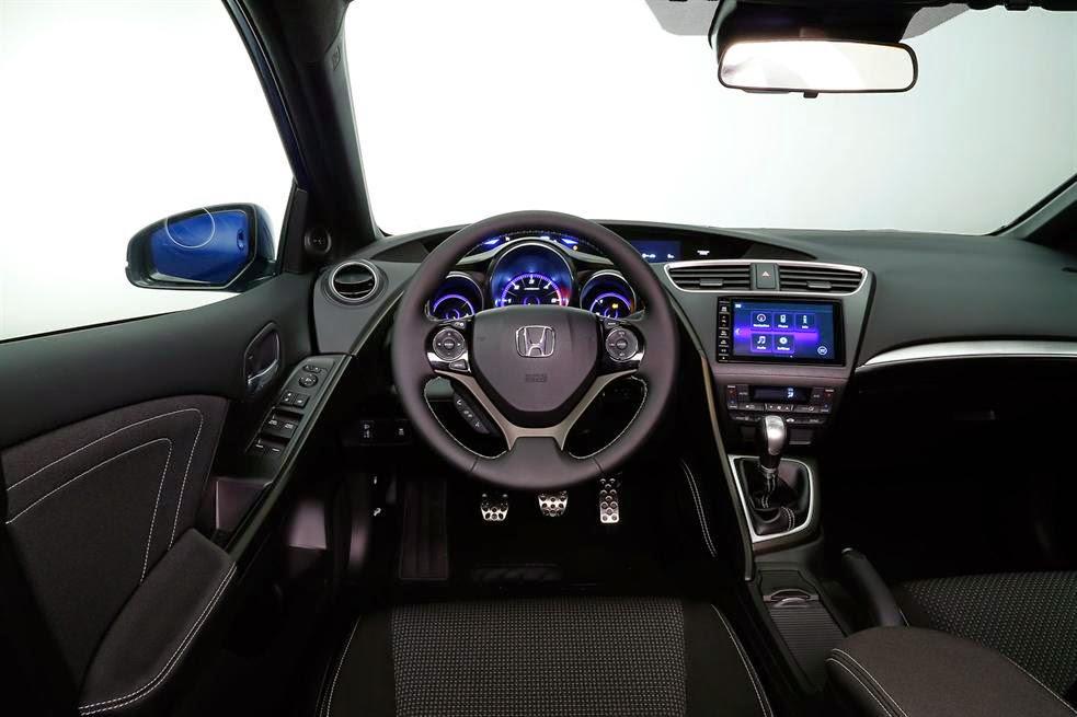 2015 Hoinda Civic 3 -  - So sánh Toyota Camry 2015 và Honda Civic - Sự so sánh khập khiễng