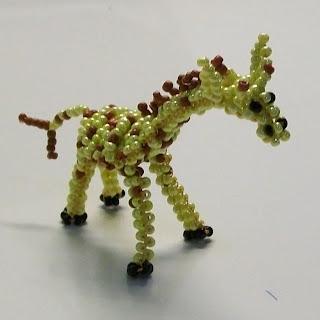Жирафа из бисера схема