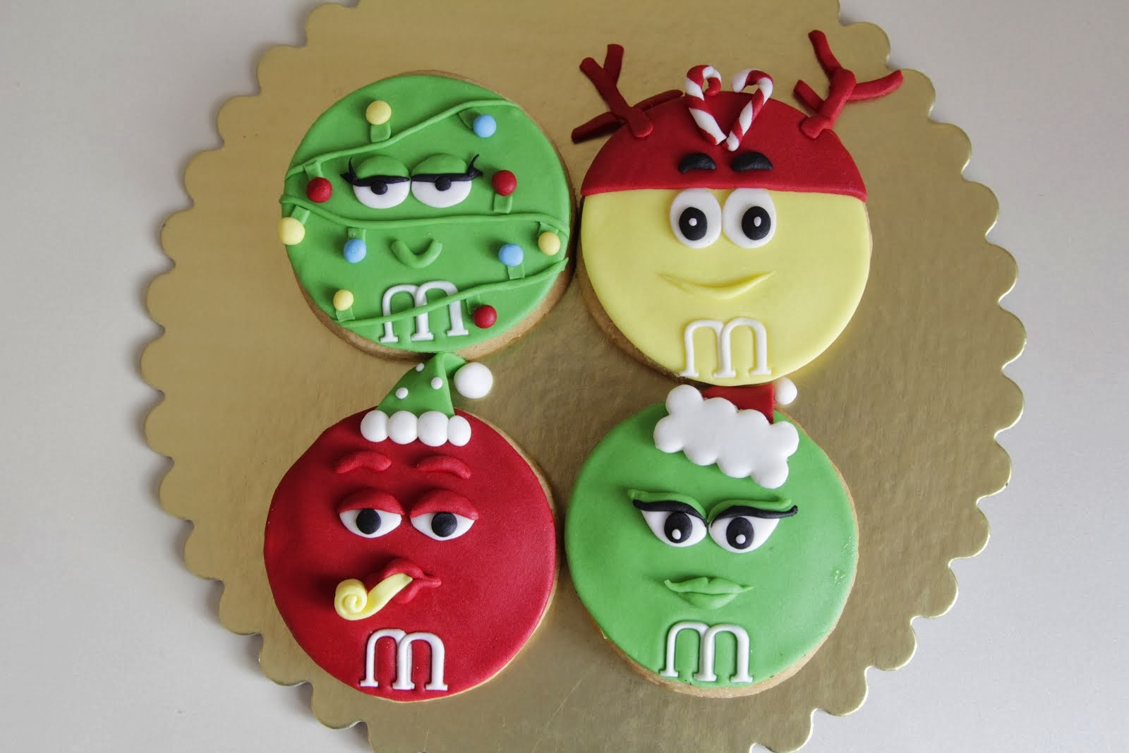 Happy Newyear M&M's