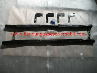 Footstep Samping Model Terrano Chrome/Black KIJANG GRAND / SUPER | BAM