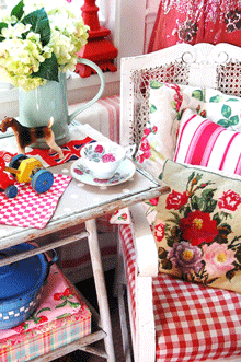 Get the Happy shabby look!