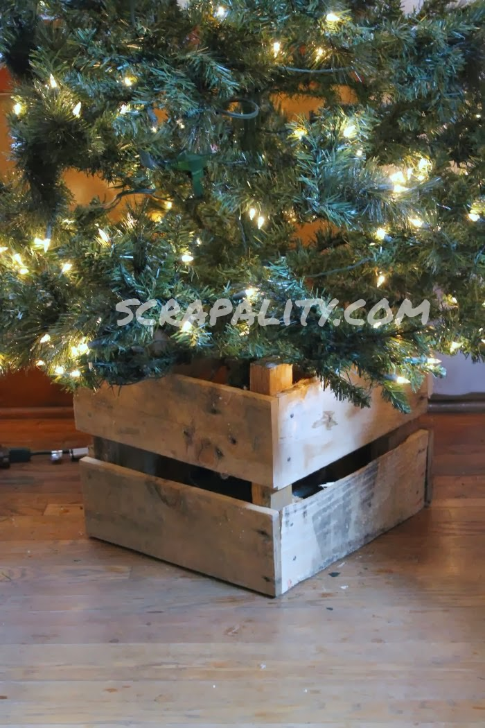 Pallet christmas tree stand scrapality