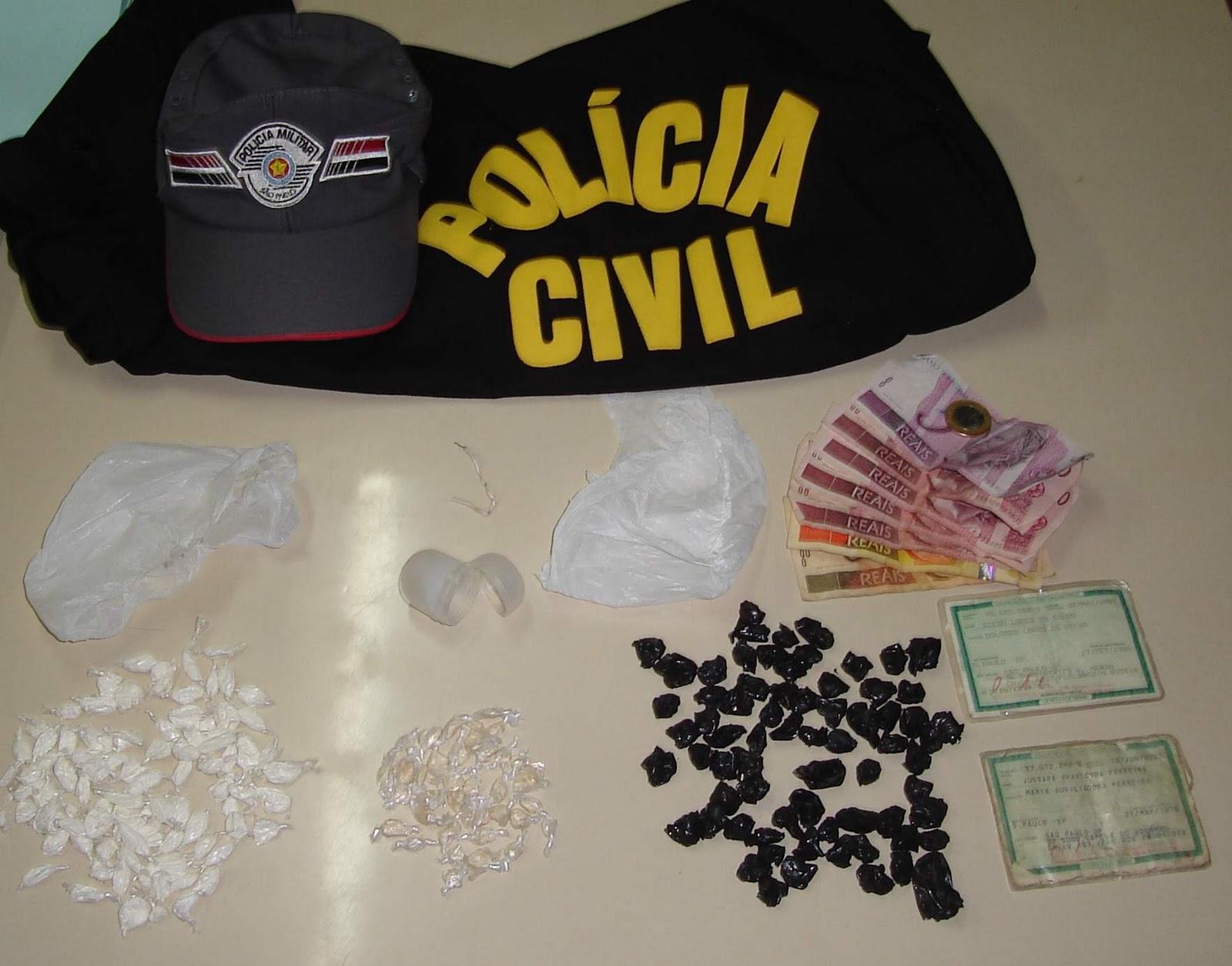 Dois jovens foram presos em Operação contra o tráfico de drogas realizada  no final de semana em Urupês. Equipes da Polícia Civil e Militar chegaram  aos ... 339a8dabba