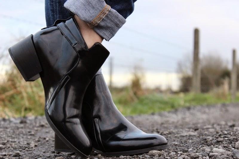 Boots vernis stradivarius
