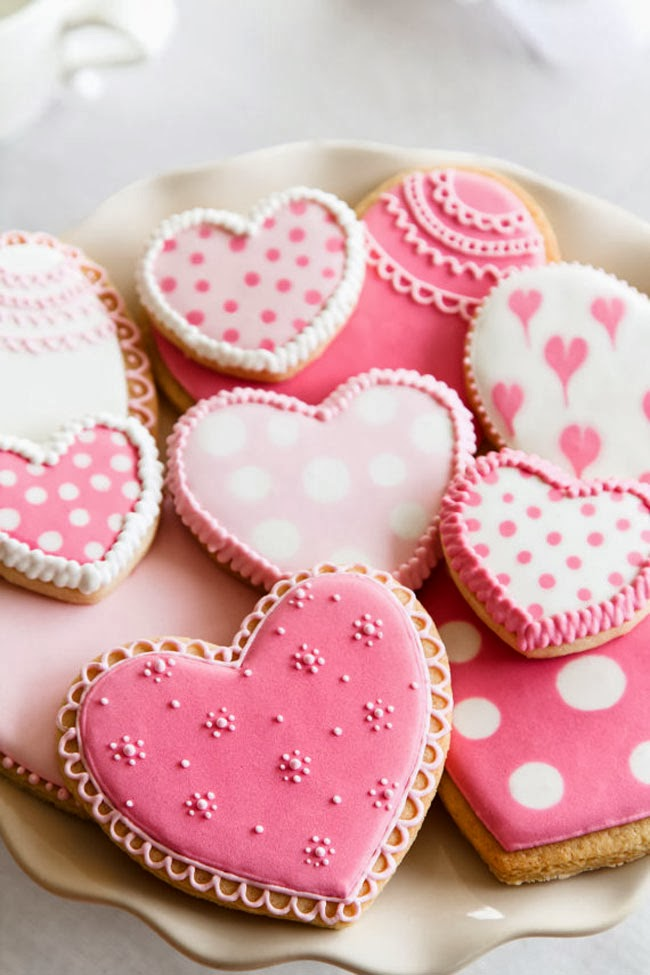 valentine's day cookies, heart cookies