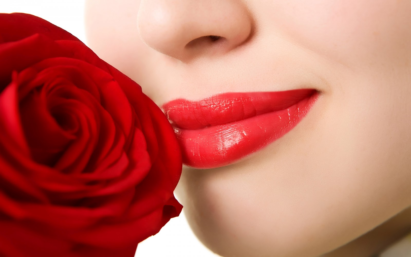 http://2.bp.blogspot.com/-52ssqEVDZ-I/T8wrAPo2DzI/AAAAAAAAAP4/mK-ij2-9fiM/s1600/red_rose_near_red_lips-1920x1200.jpg