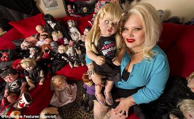 Wanita Ini Pelihara Ratusan Bayi Setan Di Rumahnya