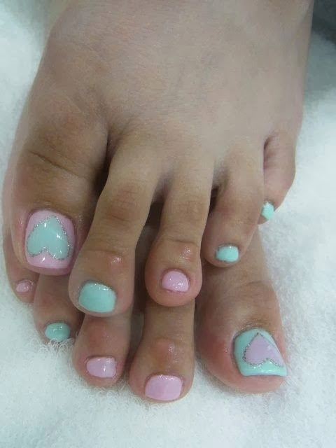big toe acrylic extensions led polish color up big hearts with silver rim feats nail art design
