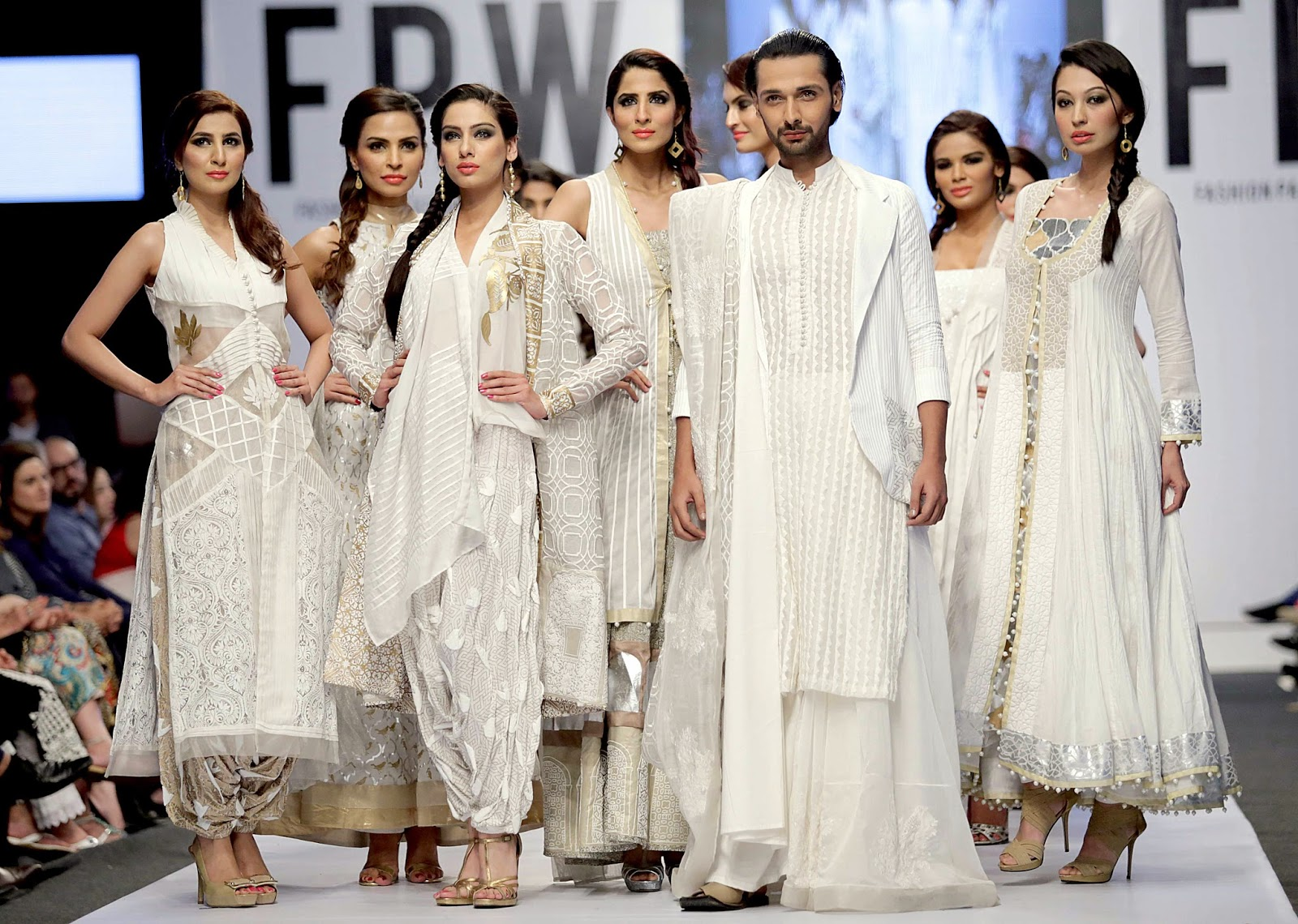 Nida Azwer - Fashion Pakistan Week 6 - Spring 2014 - Arabesque collection