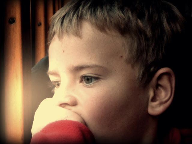 Mi hijo dentro del tranvía Sassi-Superga, Torino, Italia