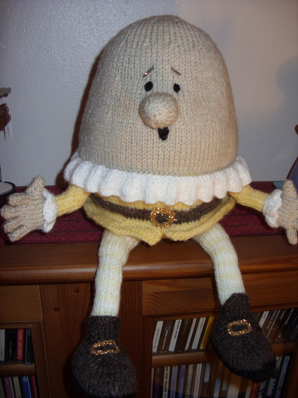 Humpty Dumpty Knitting Pattern : Simple Beginnings: Knitted Humpty Dumpty