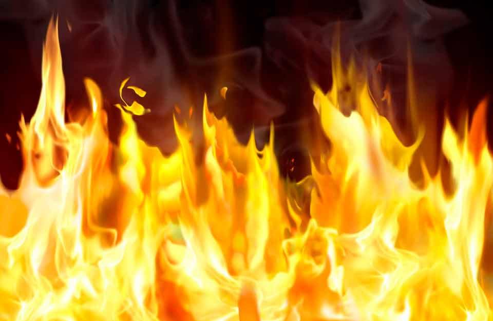 Барак на 16 квартир загорелся в Сергиевом Посаде