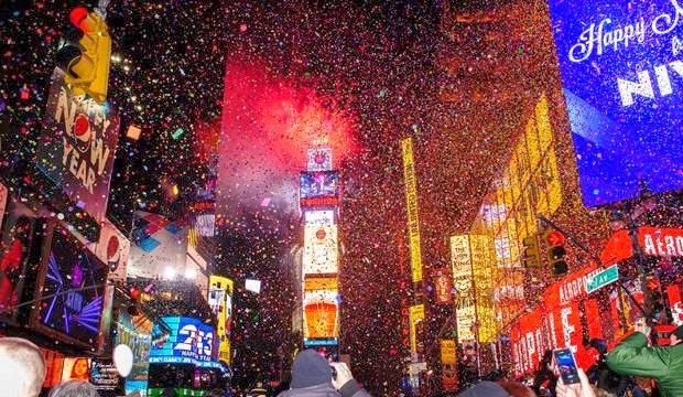 Tips ideas for new year 2014 eve party celebration - New year celebration at home ...