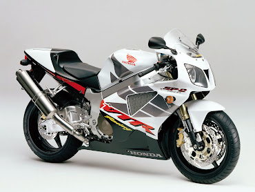 #24 Sport Bike Wallpaper