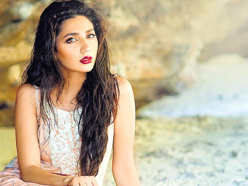 Mahira Khan Nude Photos 6