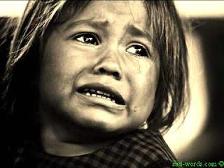 صور اطفال حزينة