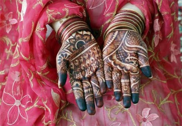 Pictures Maila Mehndi Designs For Hands For Marriage 2012