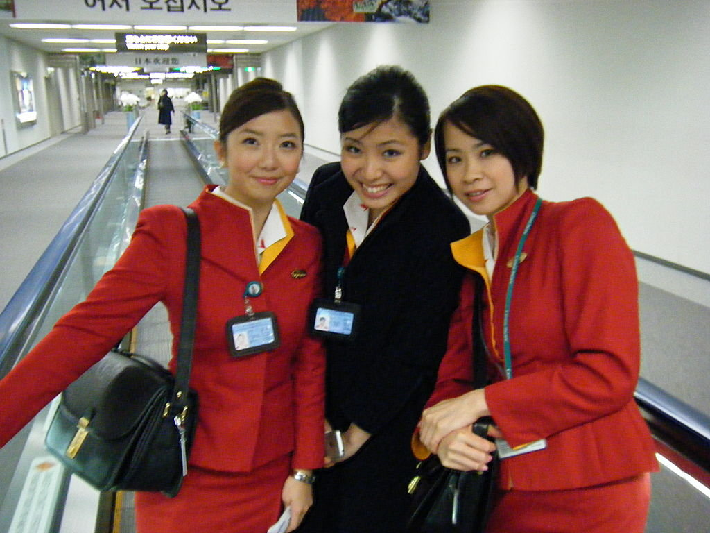 Naked Flight Attendant http://wvinformer.blogspot.ca/2012/08/cathay-pacific-flight-attendant-eden-lo.html