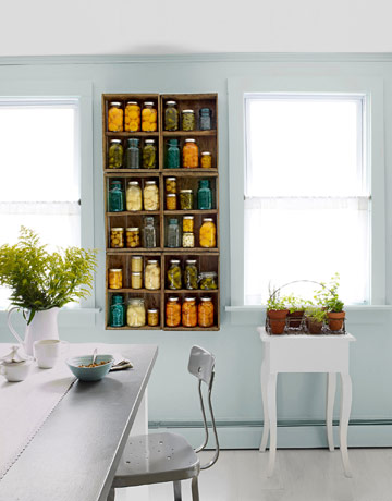 Exceptionnel Here, Old Apple Crates Take The Place Of Cabinet Doors. This Is A Nice Mix  Of Vintage U0026 Modern.