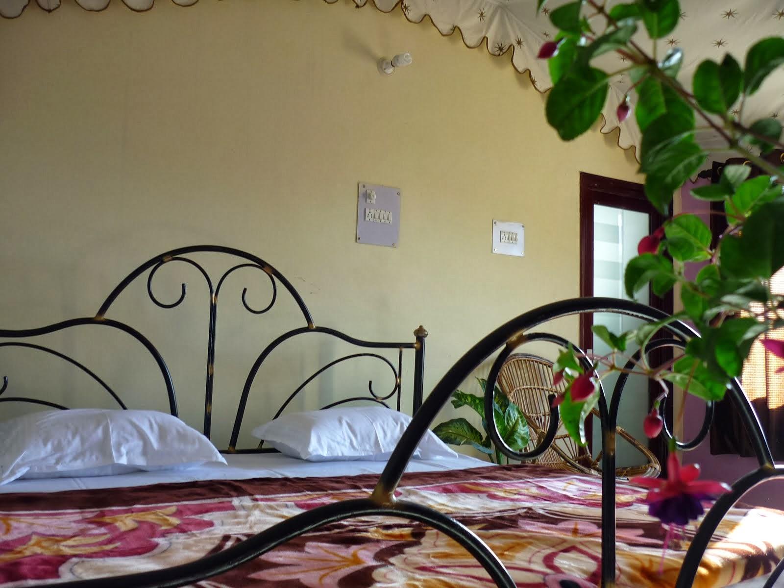 180 Degree Resort at Kanatal Near Dhanualti