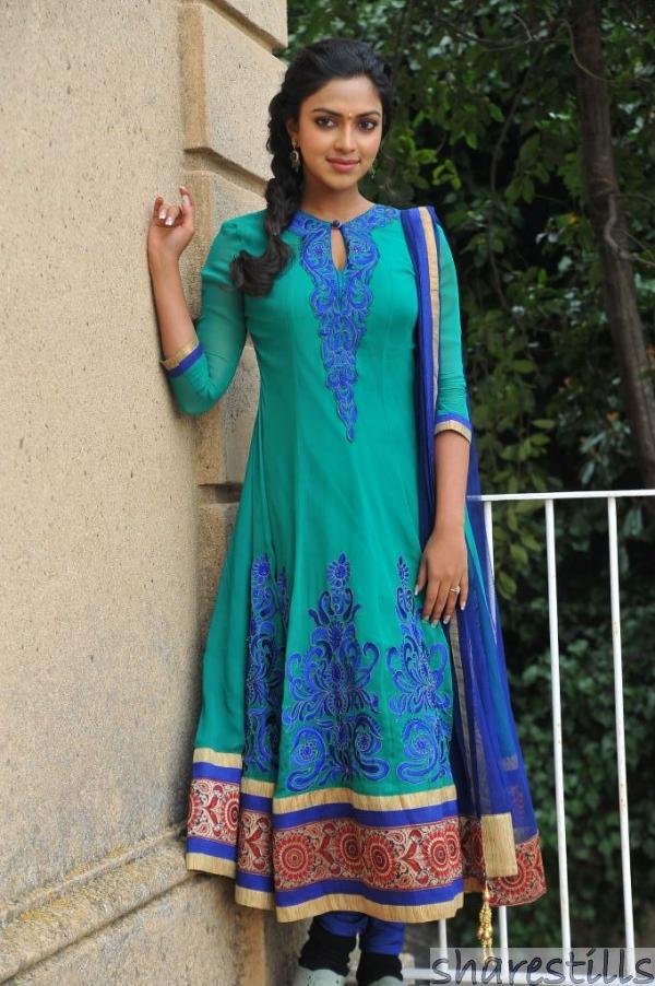 Designer Tops On Leggings - Desiner Dresses