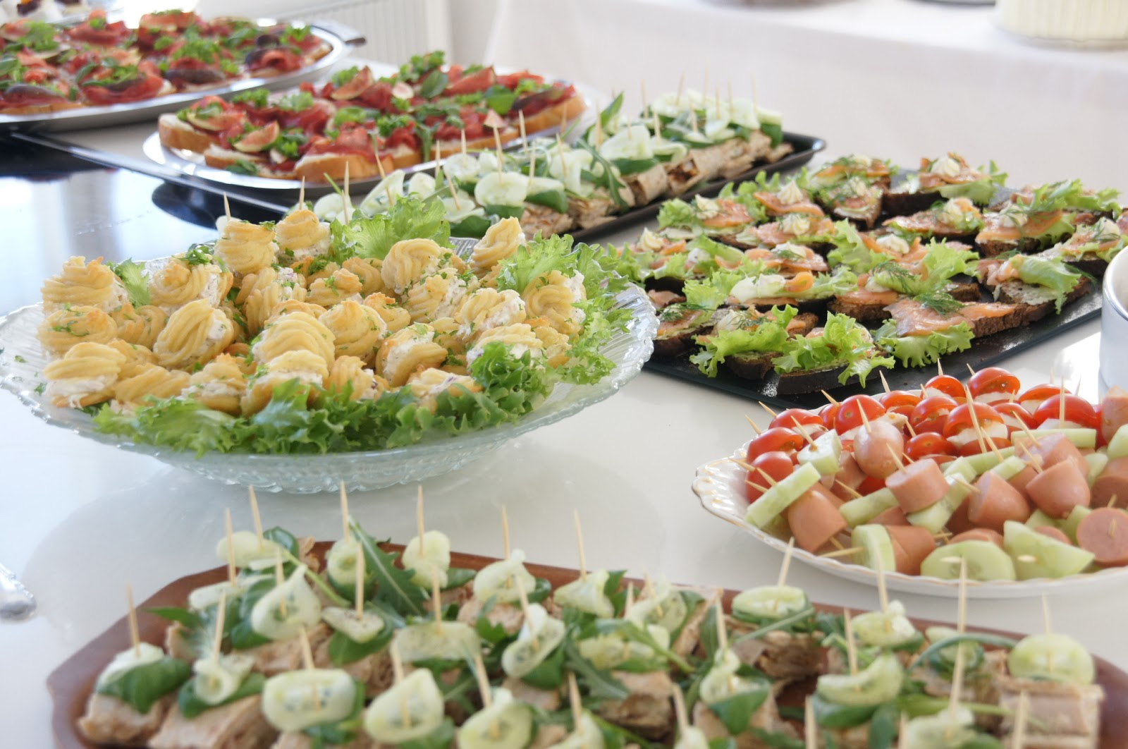 Helppo ruoka juhliin