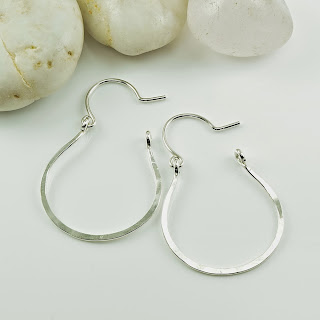 http://www.cloverleafshop.com/vale-silver-hoop-earrings-p/vale.ss.htm