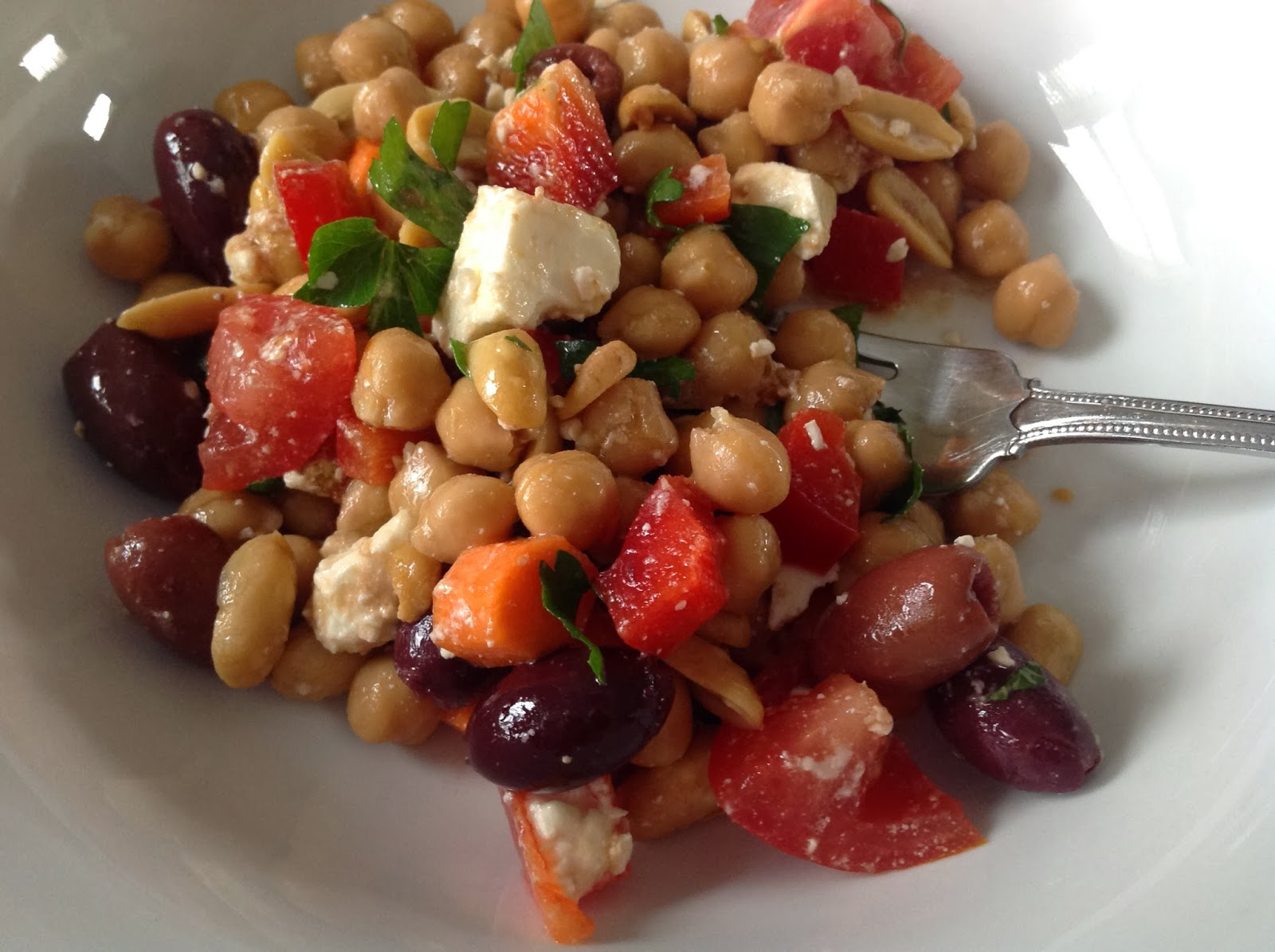 Crunchy Greek Salad with Chickpeas