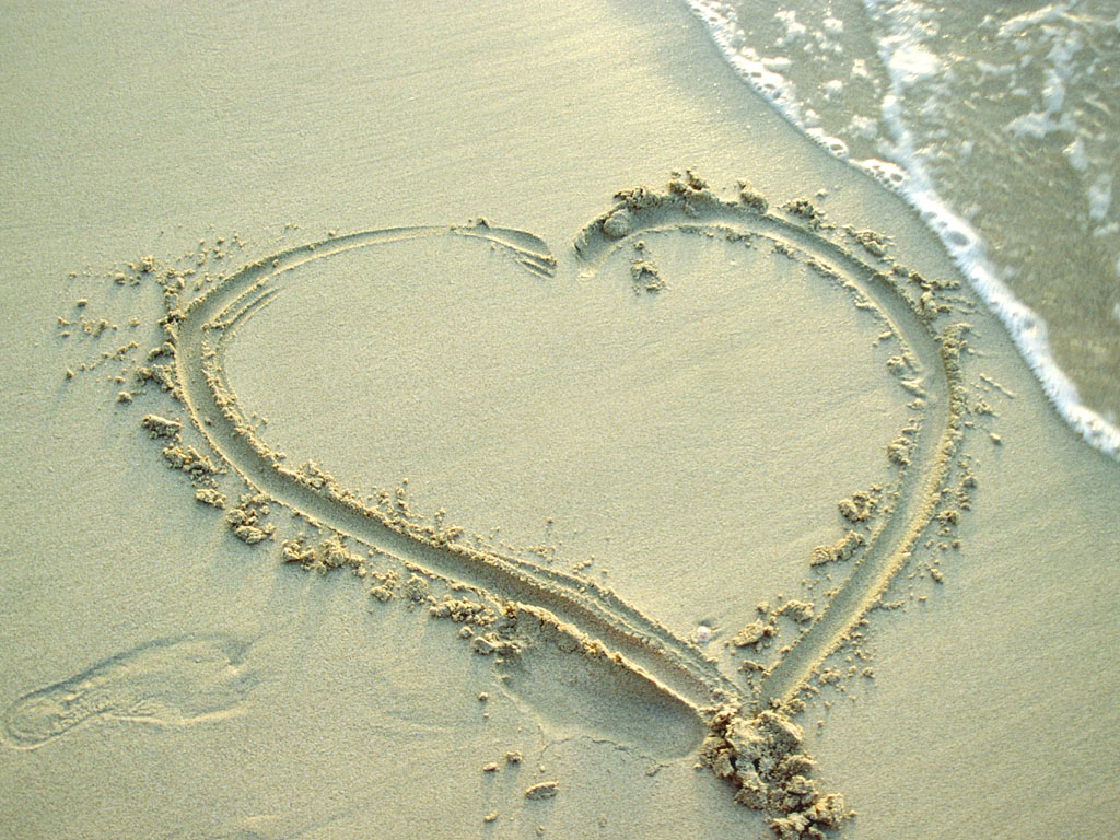 Heart From Sand Love Hearts Wallpapers