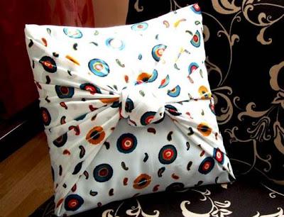 Relas come decorare un cuscino con il motivo di cuore - Nozioni di cucito come ricoprire un divano ...