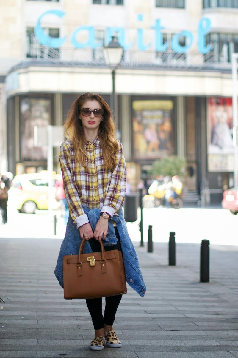 SLIP-ON, ANIMAL PRINT, OVERSIZE DENIM JACKET, CHAQUETA OVERSIZE, VINTAGE, GRUNGE,LOOK, OUTFIT