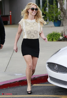 Britney Spears Pictures in Black Mini Skirt ~ Celebs Next