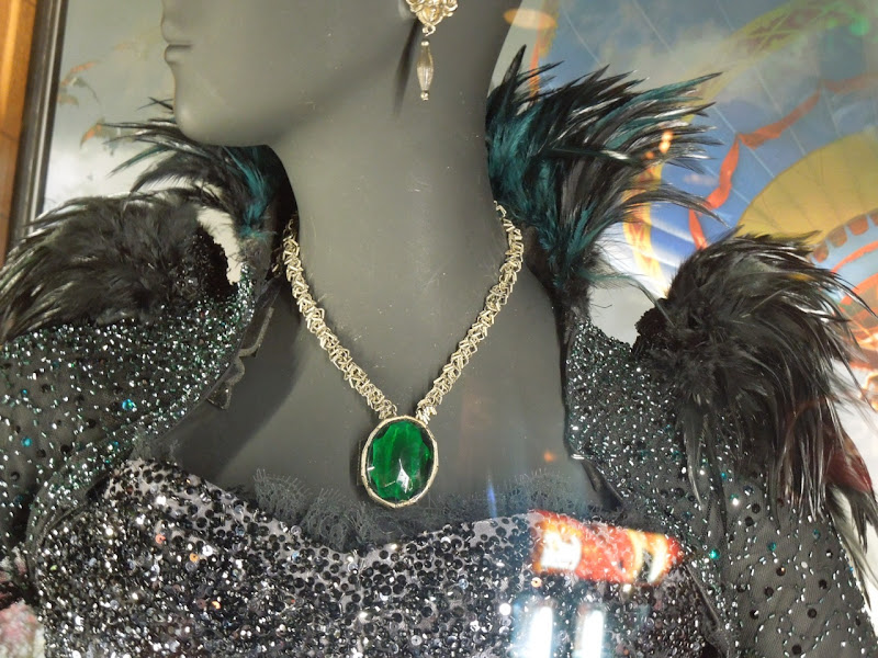 Evanora emerald necklace Oz Great Powerful