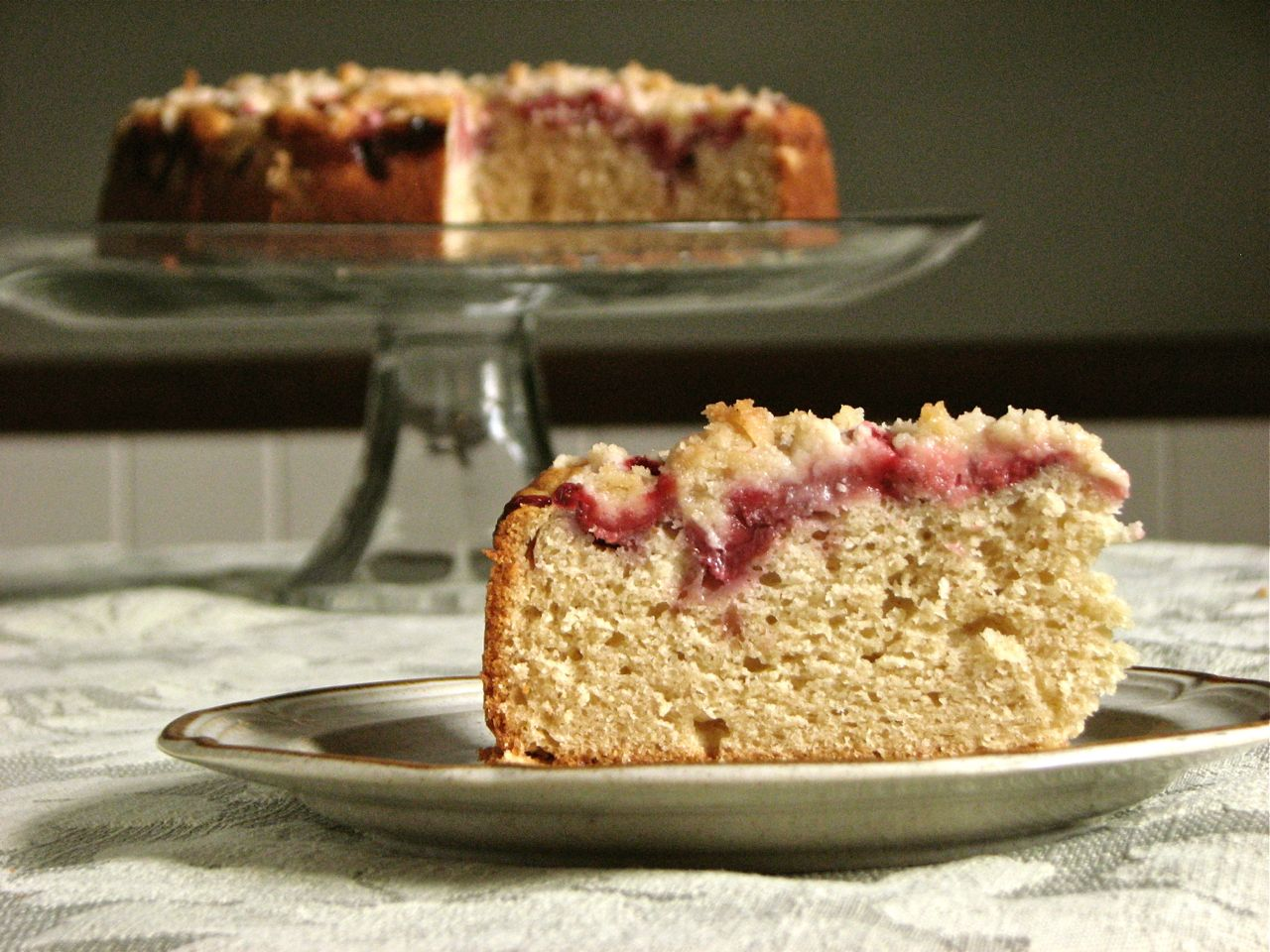 Delectably Mine: Strawberry Coffee Cake