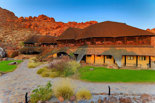 http://namibia-luxury-accommodation.com/tours/namibia-in-a-nut-shell-self-drive/