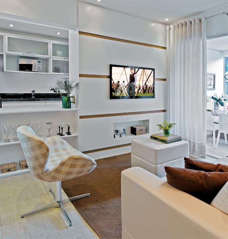 Sala De Estar Pequena Clean ~ Móveis Planejados Apartamento decorado de 70 m² parece maior com