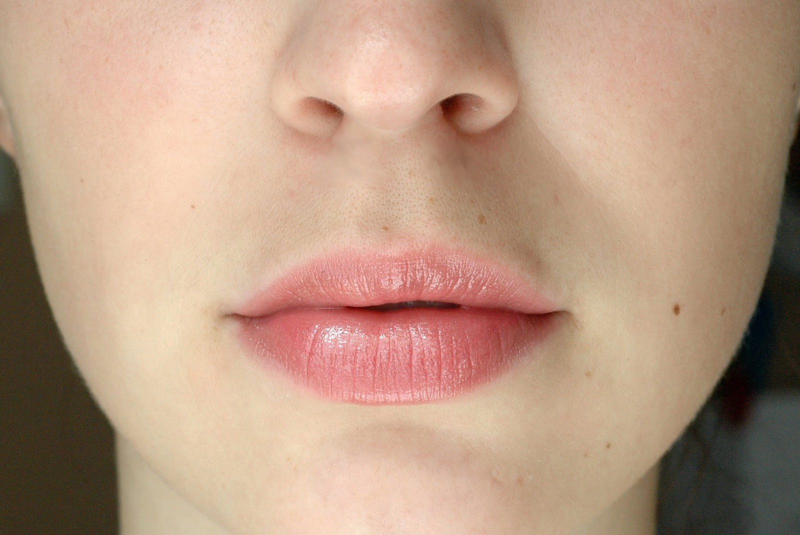 Chanel Rouge Coco Shine Lippenstift Boy Tragebild Swatch