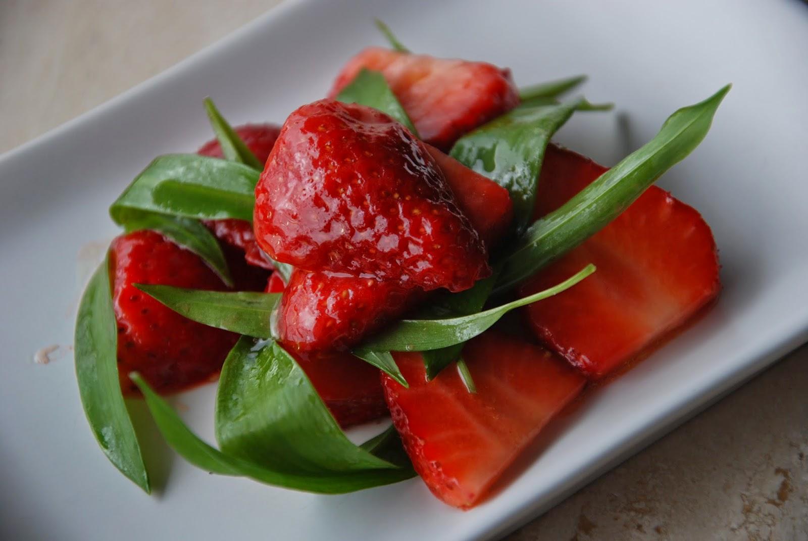 From belgium wit loof salade de fraises l 39 ail des ours for Fraise pour perceuse dijon