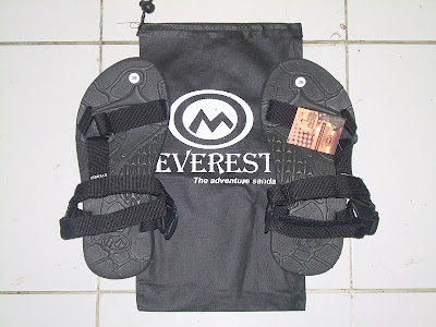 Sandal Gunung Everest Hitam