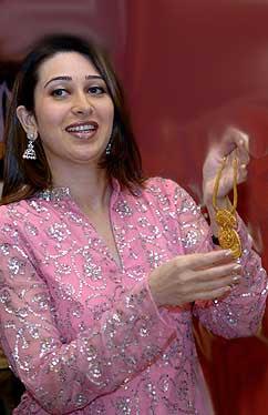 South Indians Hot Photos Karishma Kapoor Biography Hot Photos Biography Videos
