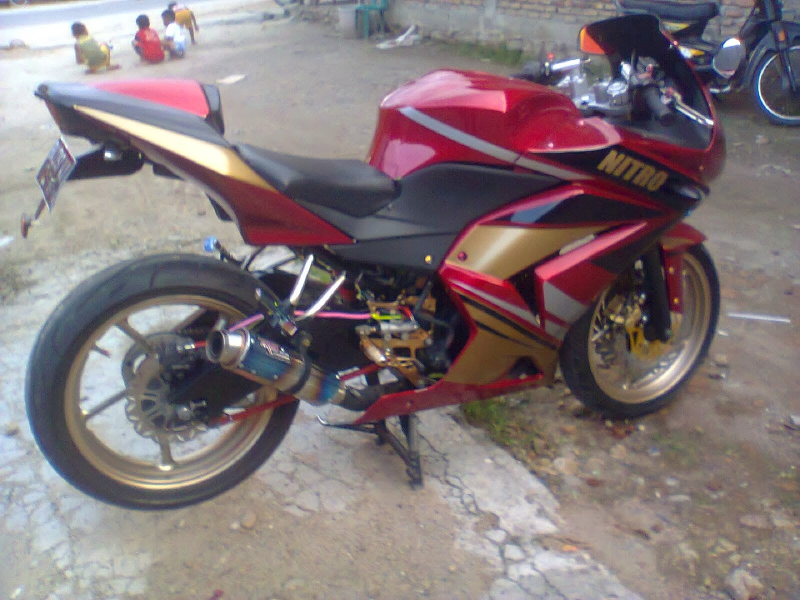 ide modifikasi byson body ninja 250