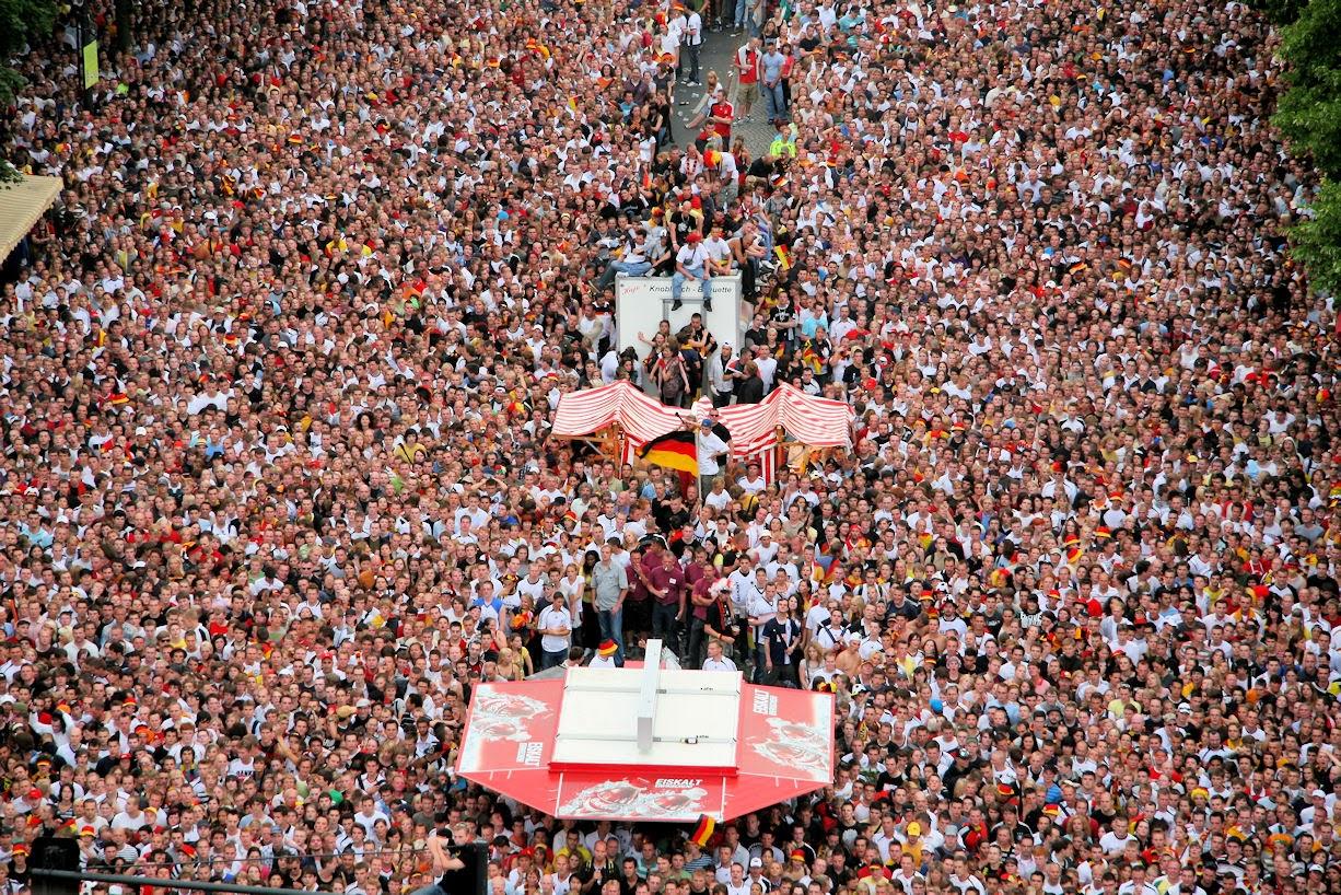 fans+Bernau+LIVE+4645273476 7ff391cb2c o+(1)
