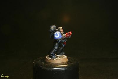 Detalle de la hombrera derecha de los Guardianes de la muerte procedente de los Ultramarines