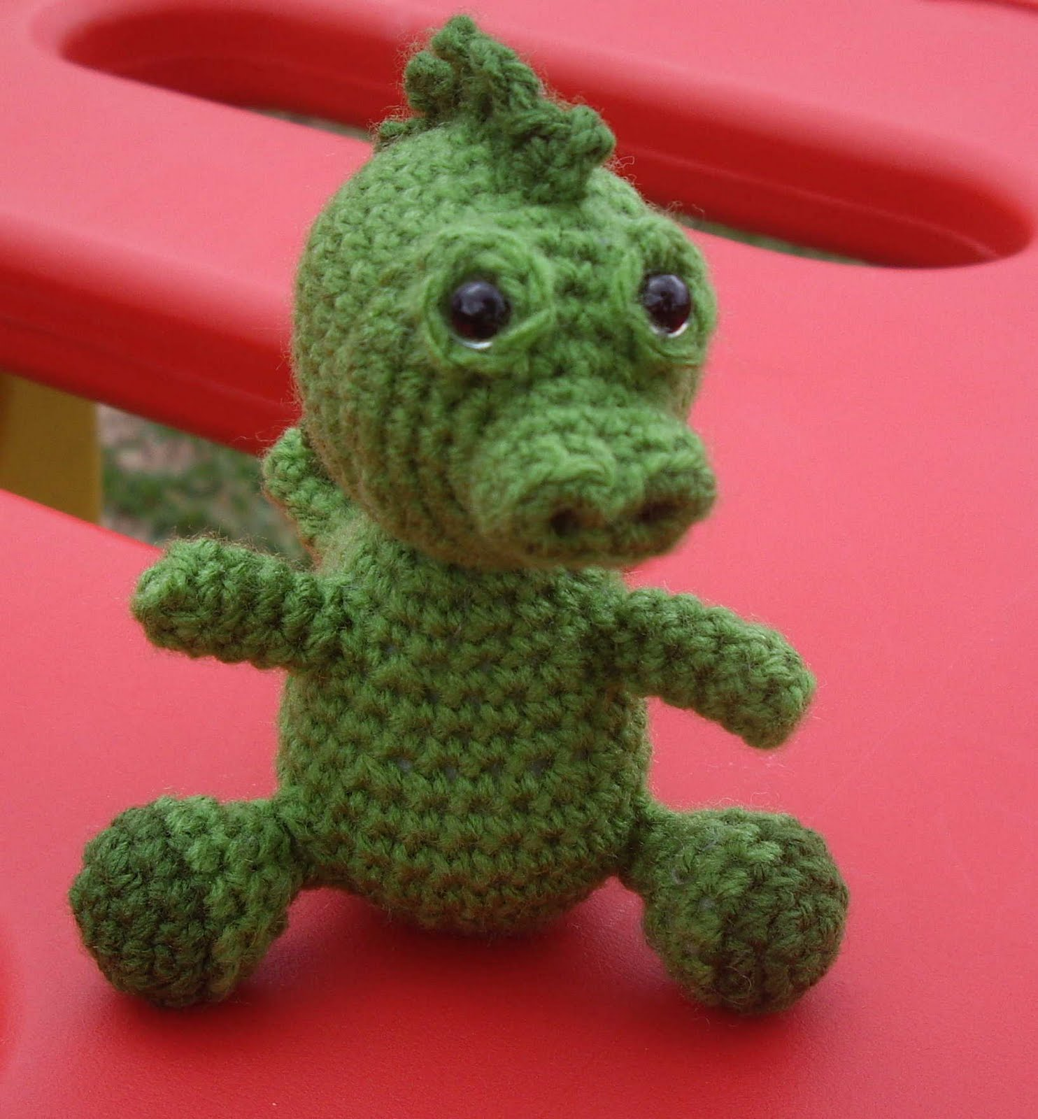 Free Crochet Stuffed Dragon Pattern : The Constant WIP: Free pattern - Soren the baby dragon