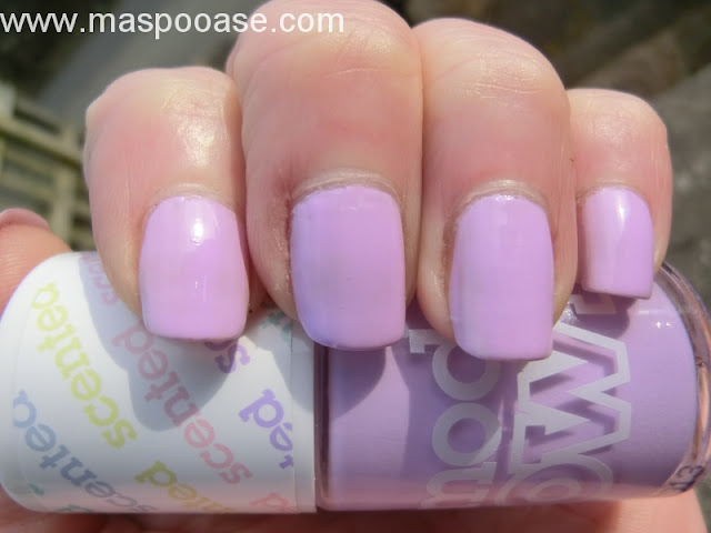 Models Own Grape juice swatch