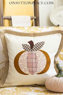 http://2.bp.blogspot.com/-57UXCbZJlyg/Vdp7Nn1RjQI/AAAAAAAAPgk/WPzFzy5K_YE/s320/kiy-no-sew-pumpkin-halloween-pillow-cover.jpg