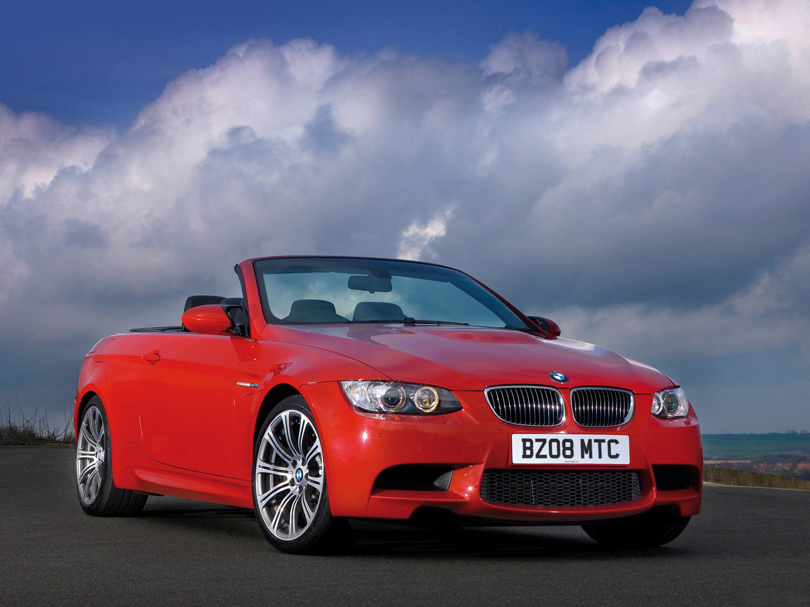 2009 BMW M3 Convertible UK Version wallpaper - Auto Trends Magazine