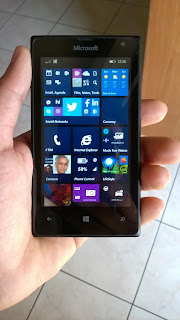 Windows Phone Lumia 435
